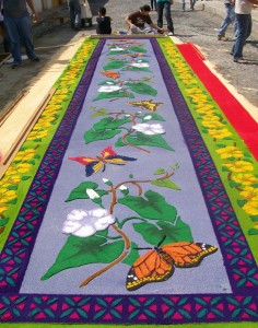 guatemala-travel-semana-santa-carpet