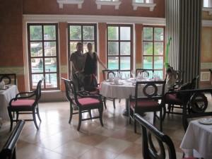 dinner-time-italian-restaurant-xetulul-theme-park-guatemala