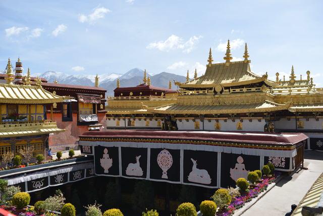 Tibet Travel - Jokhang palace