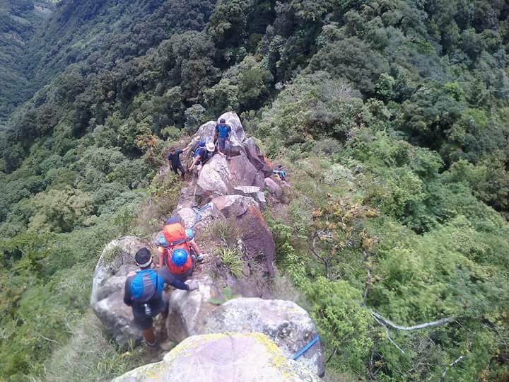 cresta del garrobo suchitan volcano guatemala