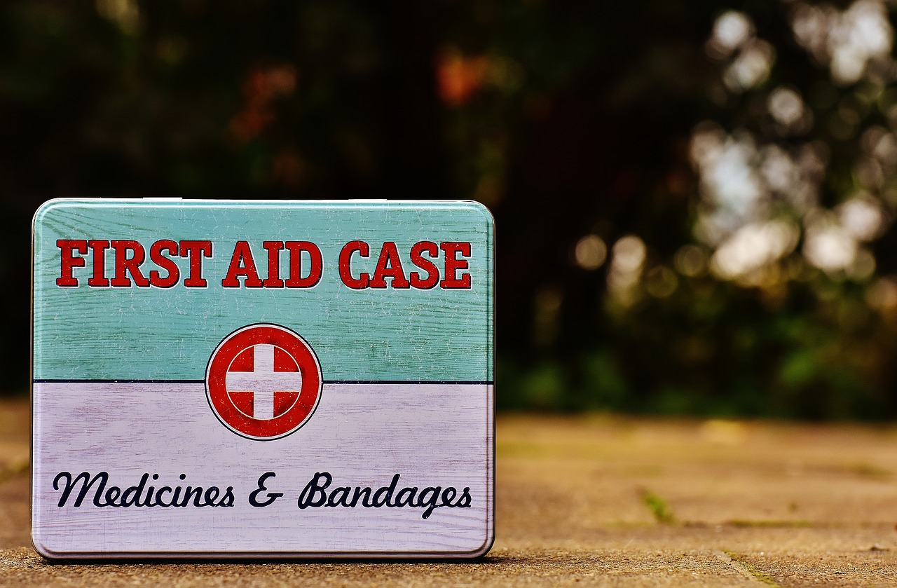 3 Basic First Aid Skills To Know For Your Next Trip Or Vacation