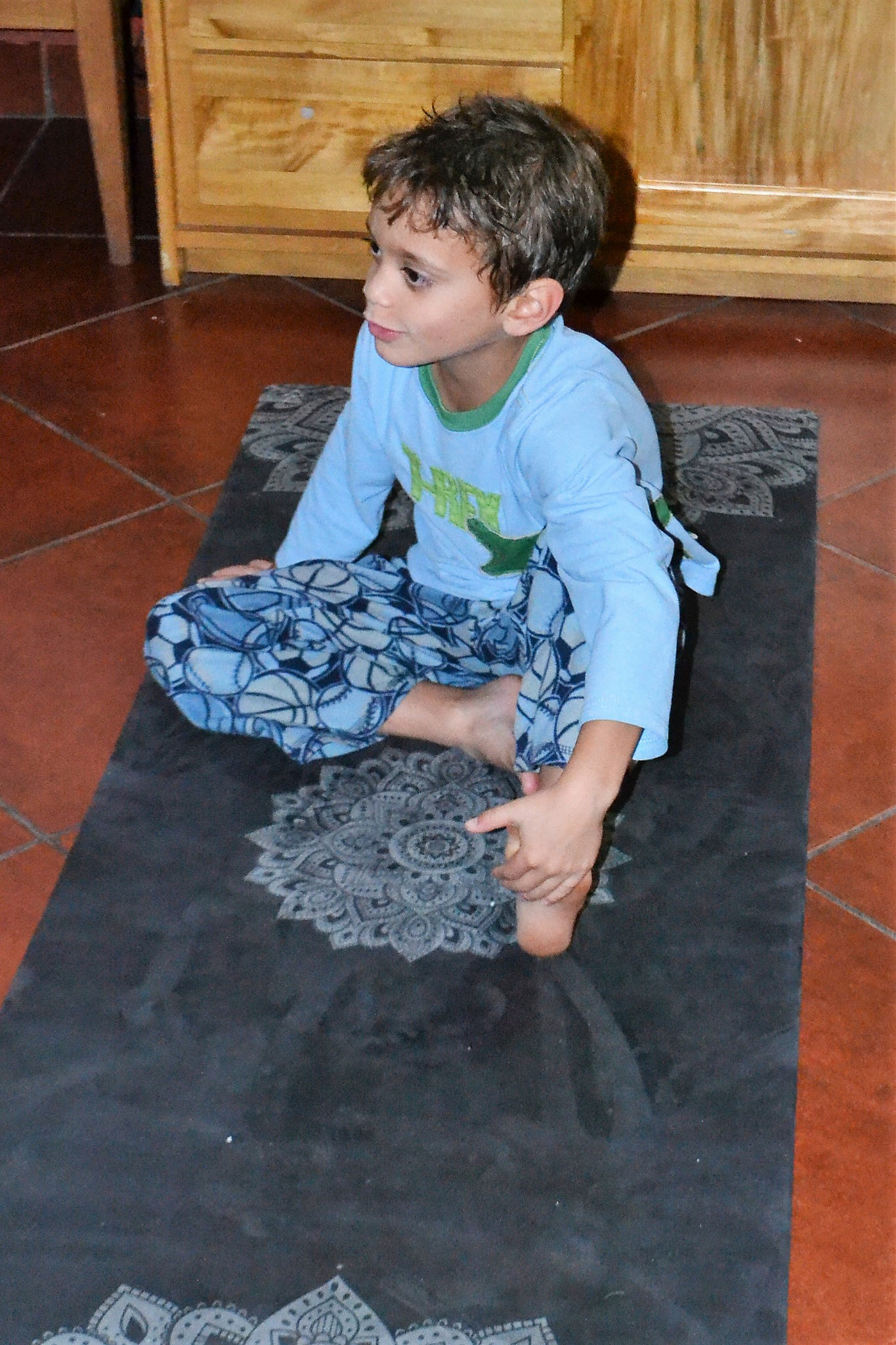 yoga for kids - yoga design lab review
