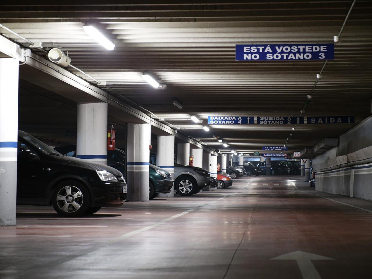 cheap airport parking