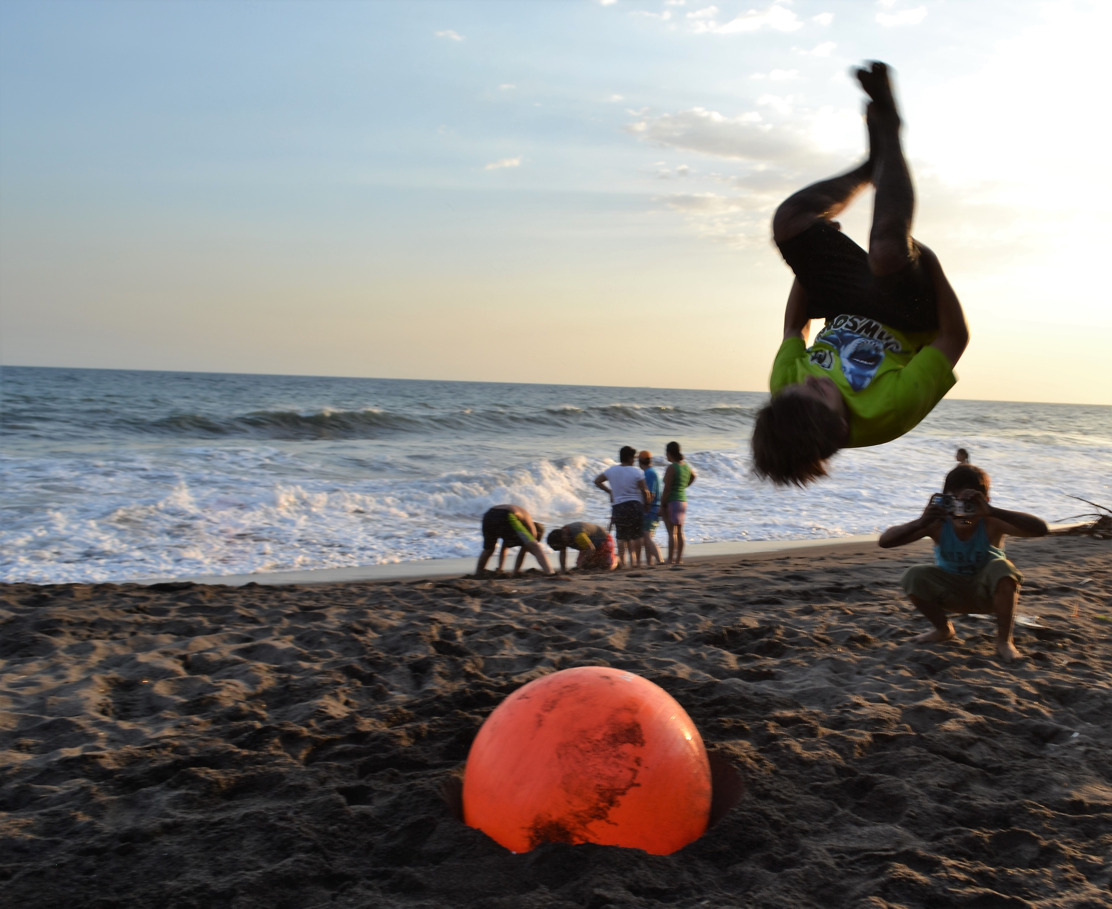 tricks and flips at the beach, beach house in guatemala, beach birthday party