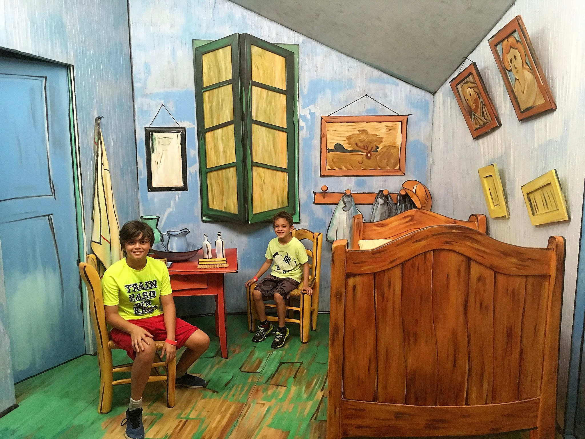art appreciation and immersion for kids at Sculpture Garden - garden of sculptures - Van Gogh