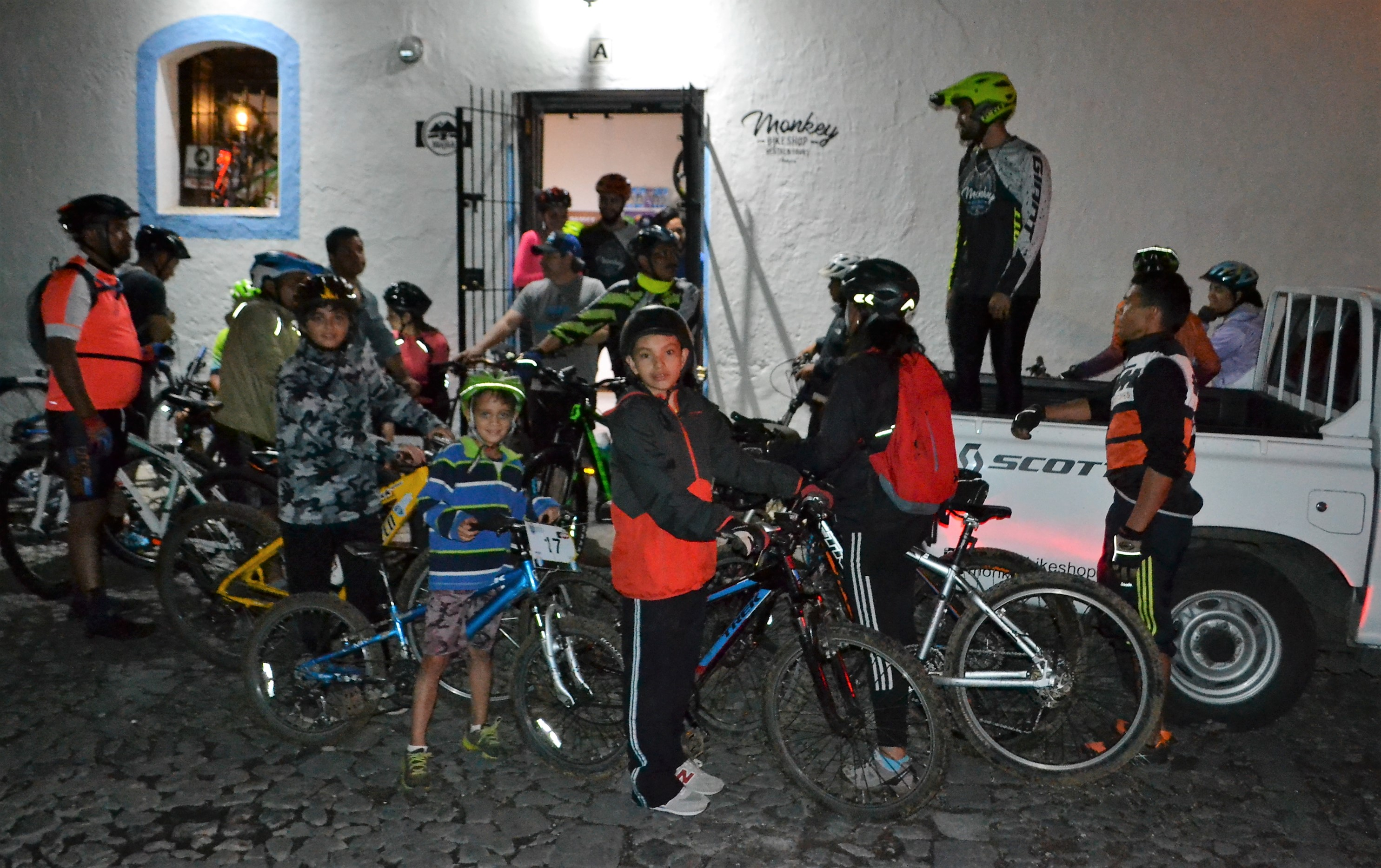 night rider, antigua guatemala, biking with kids