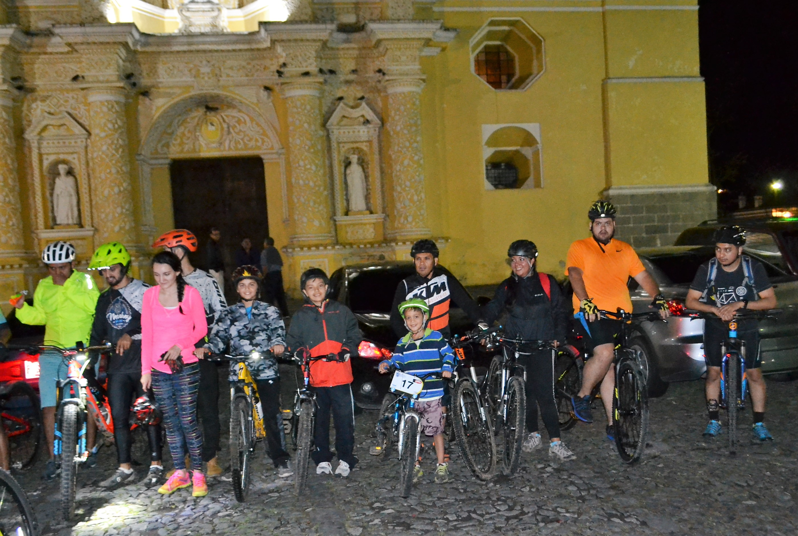 night bike tour, antigua guatemala, night riders