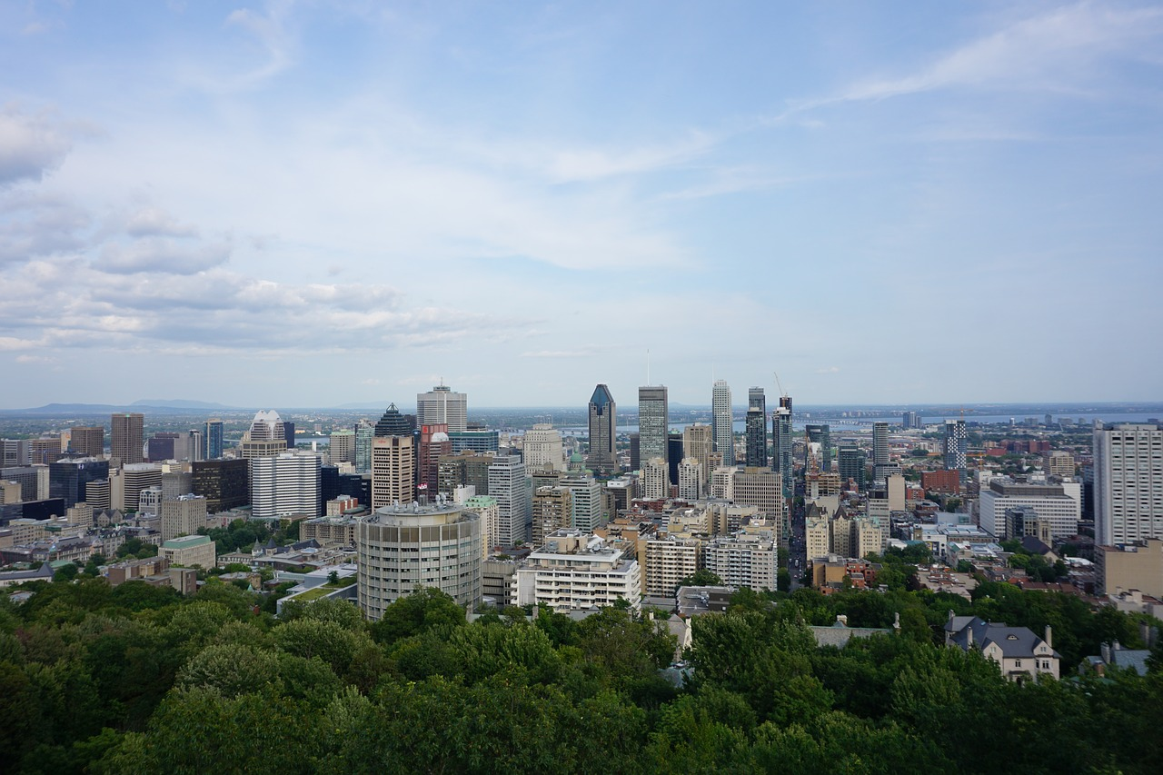 Travel Like a Local - Montreal Canada