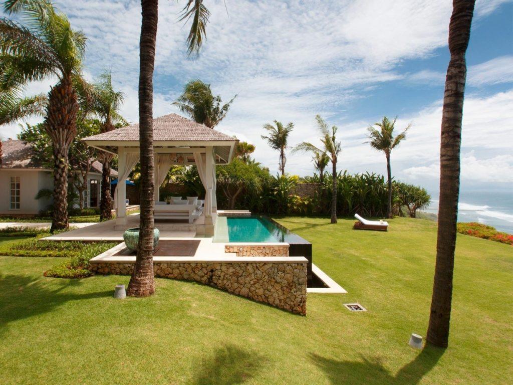 Luxury Travel - hotel
