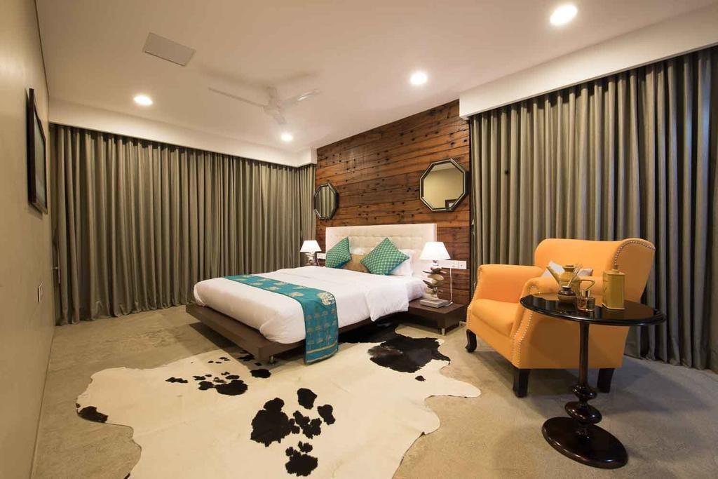 Take a peek inside the extra-luxurious hotels celebrities love