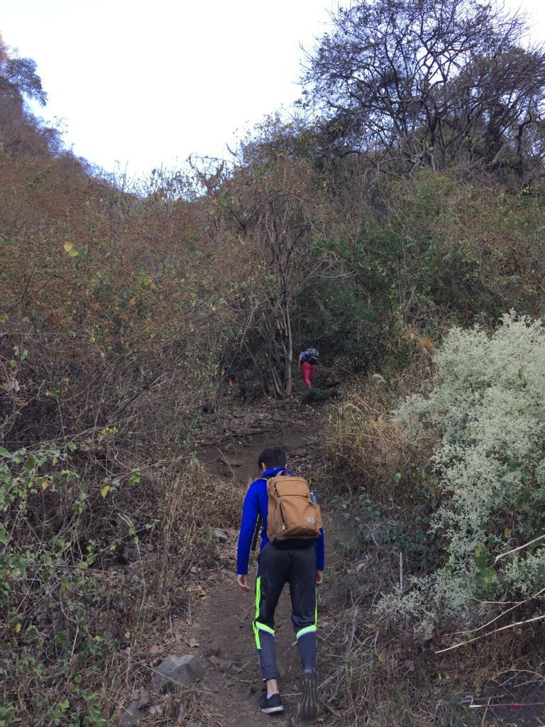 Climbing in Guatemala - Hiking to the rock