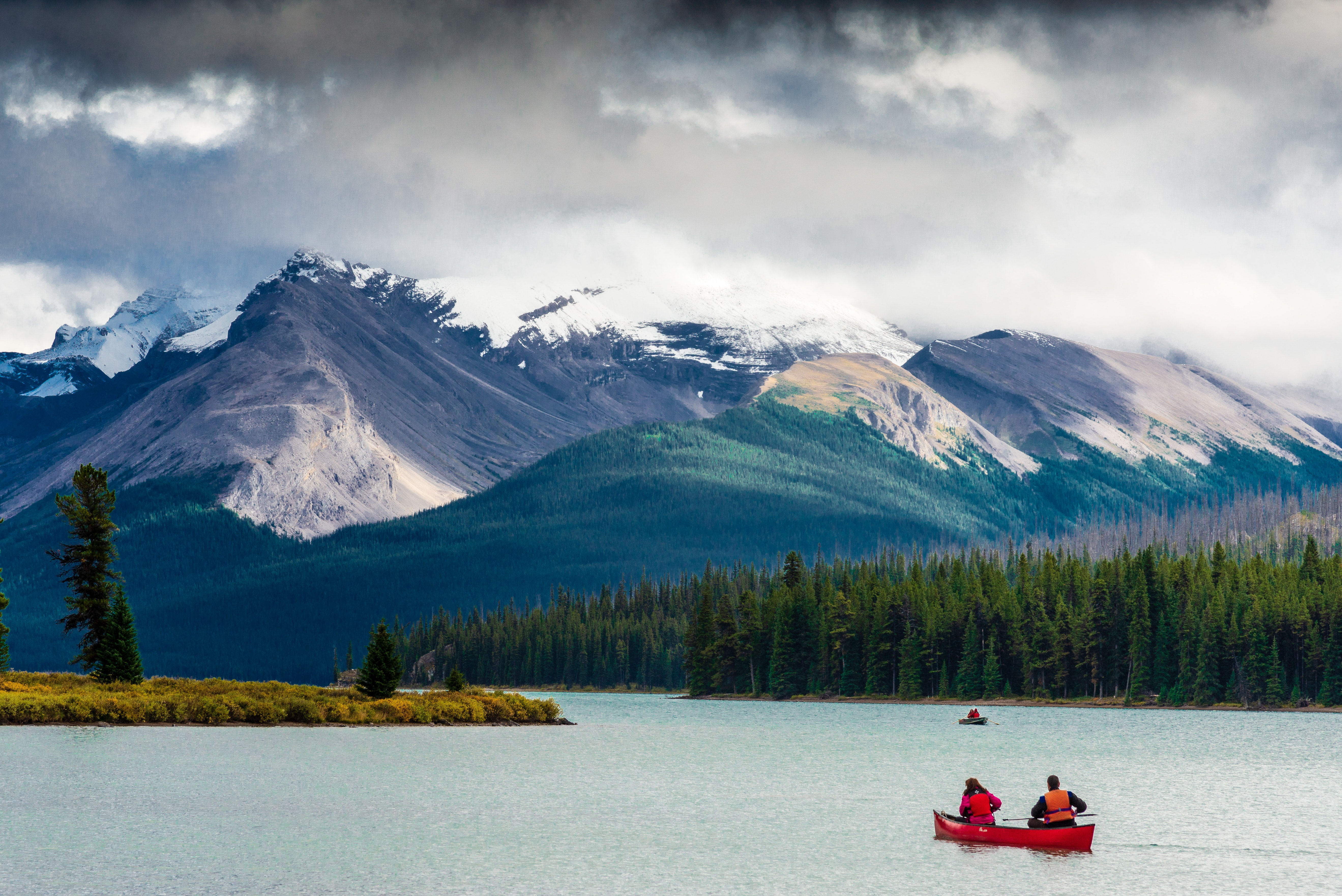 Don't Miss These Essential Tips Before You Plan Your Trip To Canada