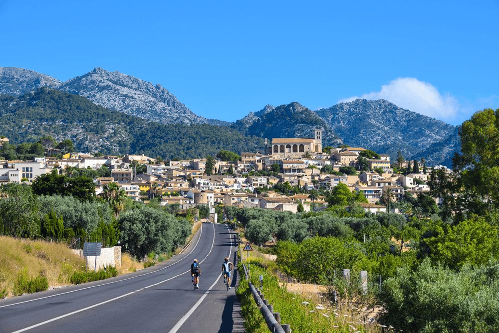 Travel Spain by Bike