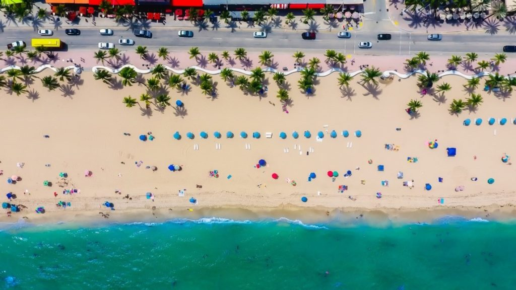 Exploring the Sunshine State: 3 Best Places to Visit in Florida