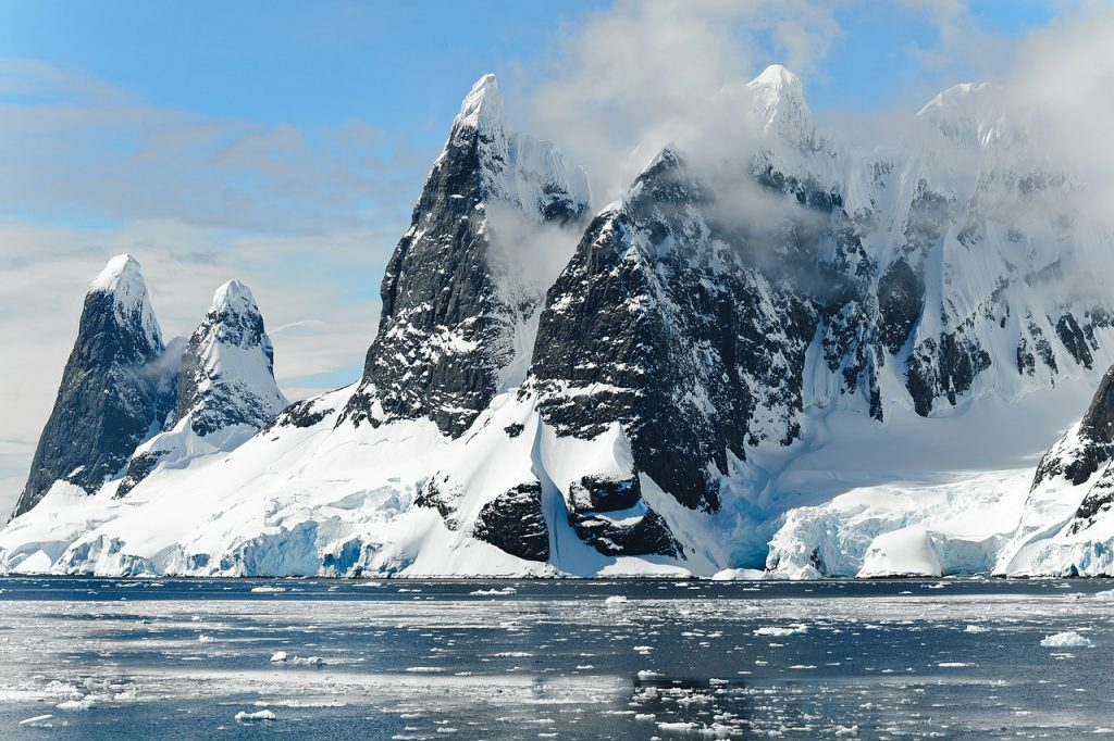 When is the Best Time to Visit Antarctica?