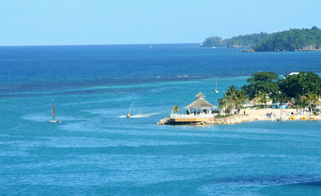 4 Reasons Visit Jamaica with Kids