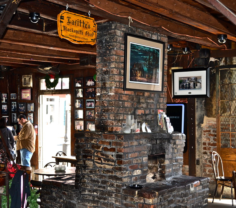 Traveling in New Orleans With Kids - laffite's blacksmith shop bar