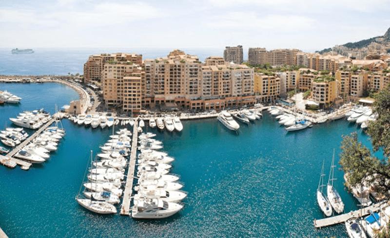 Chartering A Superyacht to the 2020 Monaco Grand Prix