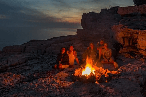 Essential Outdoor Survival Tools That You Will Need
