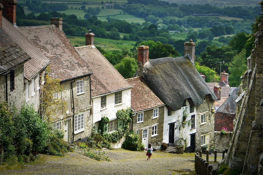 5 Best Small Towns In England To Visit: Shasftesbury