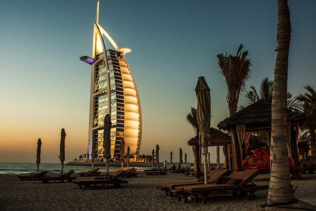 10 Things to Know Before Traveling to Dubai