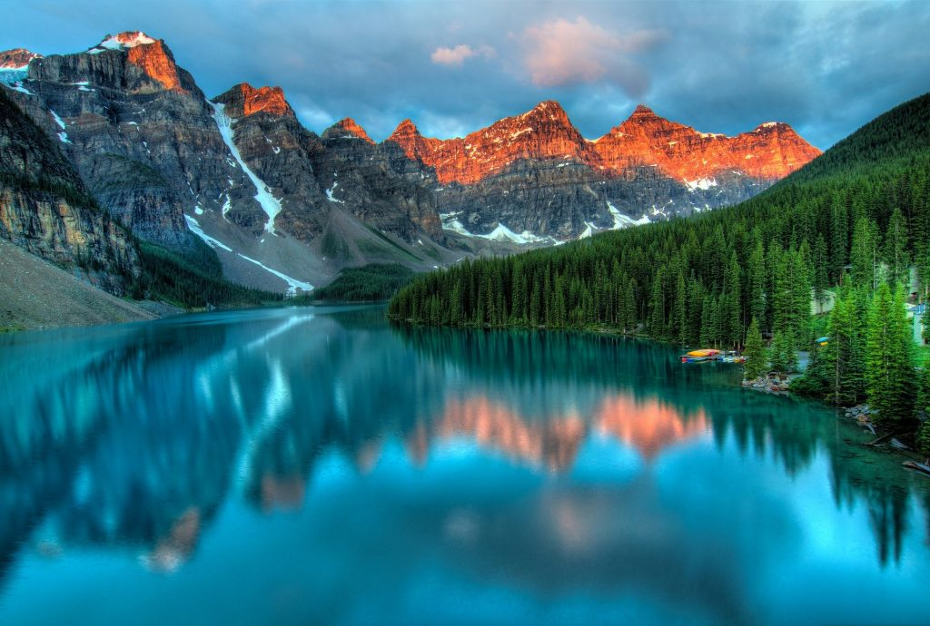 The Top 5 Places to Visit If You're Vacationing in Canada This Year