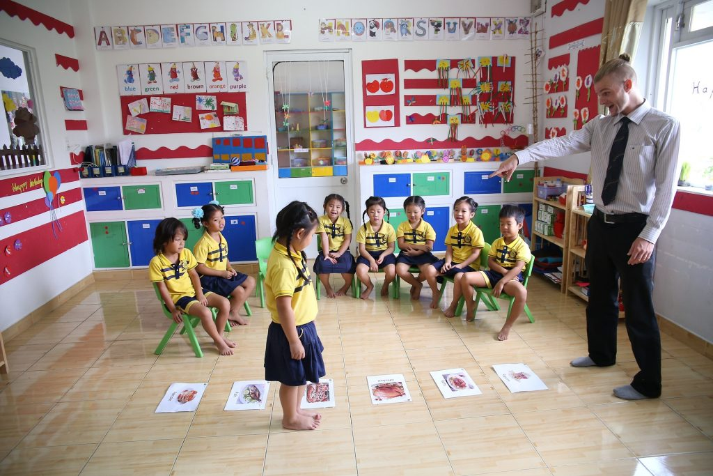 How to Teach English in Thailand with TEFL Certification