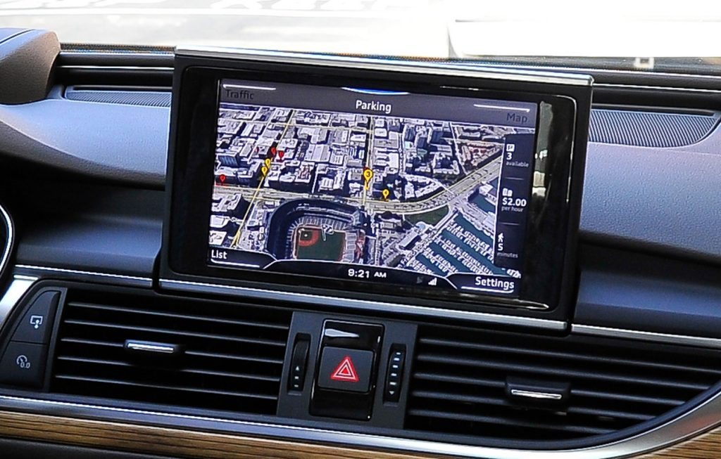 8 Must-Have In-Car Travelling Gadgets