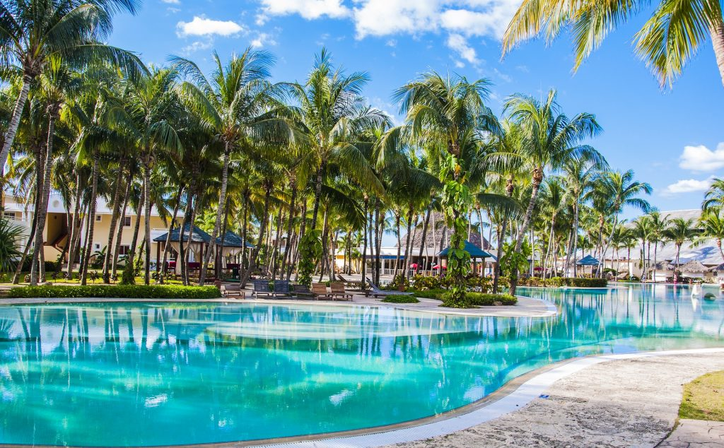 8 Most Amazing Resort Pools for Families Across America
