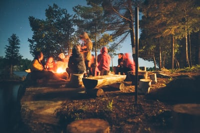 Going On A Camping Trip? Here Are 7 Items You Should Bring