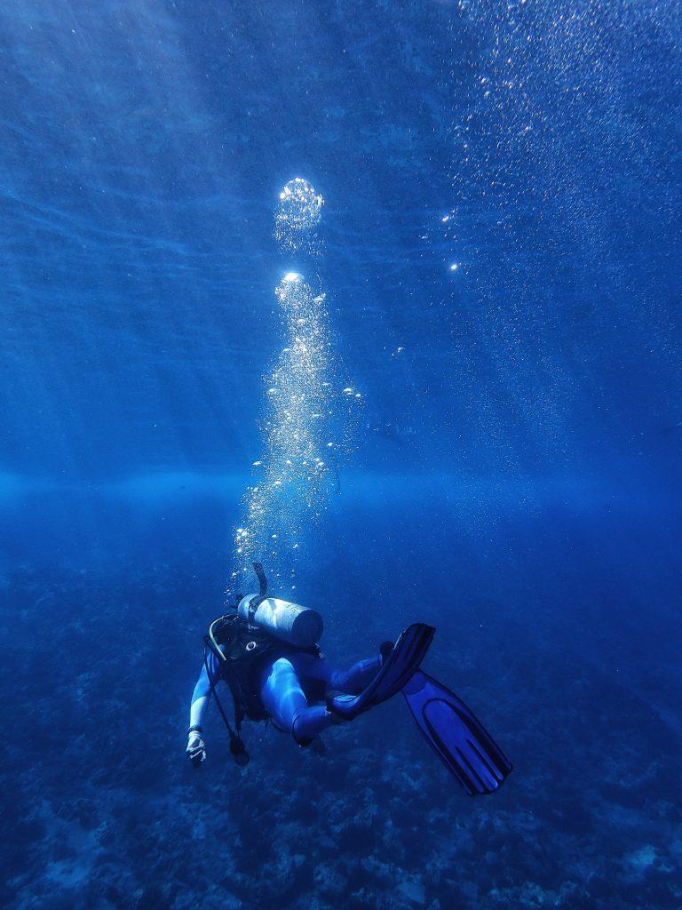 A Basic Idea About Different Scuba Diving Courses